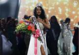 Nhan sắc nóng bỏng, cuốn hút khó cưỡng của Hoa hậu Mỹ 2017