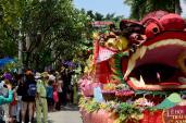 Những nàng tiên rực rỡ tại lễ hội trái cây ở Sài Gòn
