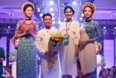 Hoa hậu, á hậu Việt duyên dáng trên sàn catwalk
