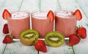 Chia sẻ cách làm sinh tố kiwi dâu tây giúp đẹp da ngay tại nhà