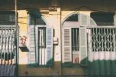 Đón nắng ở những chung cư cũ Sài Gòn