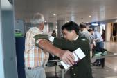 Nâng phí phục vụ hành khách, giá vé máy bay có tăng?
