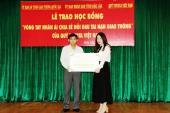 """Trao học bổng Toyota """"Vòng tay nhân ái"""" tại Đắc Lắk"""