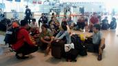Jetstar Pacific hủy chuyến, phụ nữ có bầu vạ vật hơn 20 tiếng tại sân bay