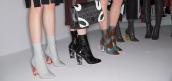 Boots liền tất: Kiểu boots hot nhất năm nay, sao Việt lẫn sao ngoại đều mê mẩn