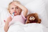 Dùng thuốc hạ sốt cho bé thời điểm nào là hợp lý?