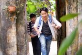 Trung Ruồi - Minh Tít dắt tay nhau đóng phim hài Tết 2018