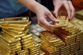 Giá vàng hôm nay 3/1: Tiếp tục tăng cao