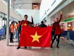 Dẹp hết váy áo, Á hậu Lệ Hằng, Thanh Tú ăn mặc giản dị đi cổ vũ U23 Việt Nam