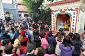 Những ngôi chùa cầu bình an, cầu tài, cầu lộc đầu năm nên đi ở Hà Nội