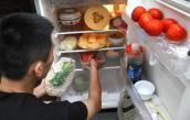 Sai lầm 'chết người' khi tích trữ thức ăn trong tủ lạnh ngày Tết