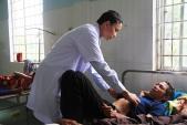 Ăn thịt gà chết, 25 người nhập viện do nghi ngộ độc thuốc chuột