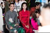 Hoa hậu Mỹ Linh xuất hiện ấn tượng trong tà áo dài thắt eo cổ điển