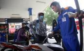 Thị trường ngày 8/3: Phập phồng lo xăng dầu tăng giá