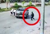 Hai băng nhóm nổ súng, cầm dao chém nhau loạn xạ ở Đồng Nai