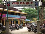 Thăm chợ đá quý độc nhất vô nhị tại Việt Nam