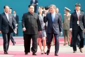 Chủ tịch Kim Jong-un bất ngờ gặp Tổng thống Hàn Quốc lần thứ hai