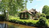 Thăm ngôi làng tuyệt đẹp như cổ tích ở Hà Lan
