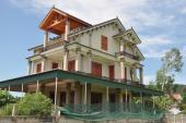 Cả làng xuất ngoại sang Thái, mang USD về xây biệt thự