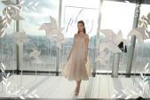 Hoa hậu Đỗ Mỹ Linh diện trang sức 3 tỷ đi xem thời trang