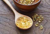 Thật không ngờ Vitamin E bôi mặt cũng có thể giúp da sáng mịn, căng bóng đến như vậy