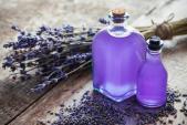 Công dụng tuyệt vời của tinh dầu oải hương trong việc làm đẹp da và tóc