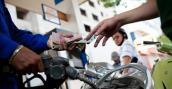 Giá xăng giảm hơn 300 đồng/lit từ 15h chiều nay