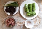 Cách nấu canh khổ qua nhồi thịt đơn giản tại nhà