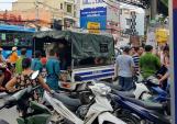 Bắt 2 nghi can cướp cầm dao tấn công cảnh sát ở Sài Gòn