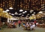 Người Việt đi nghỉ dưỡng 5 sao: Đã không còn