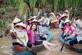Nàng dâu bị ghét nhất màn ảnh Việt 2018 Thúy Ngân chất phát ngất với thời trang sân bay