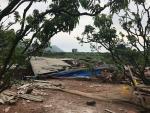 Hải Dương: 16 ngôi nhà tốc mái, hàng ngàn con gà bị chết do lốc xoáy