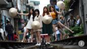 Báo Hong Kong hứng thú với đường tàu Hà Nội hút khách du lịch thế giới