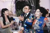 Đỡ không nổi gu thời trang hoa hòe hoa sói của MC Thanh Bạch ở tuổi 59