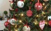 Giật mình cây thông Noel xa xỉ giá từ 25 đến trên 100 triệu đồng vẫn cháy hàng
