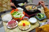 Chuyên gia khuyến cáo: 4 lưu ý khi ăn lẩu để bảo vệ sức khỏe cả nhà
