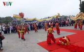 """Quảng Ninh đón những vị khách đầu tiên """"xông đất"""" vịnh Hạ Long"""