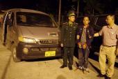 50 cảnh sát, bộ đội truy bắt nhóm mang 300 kg ma túy trong rừng