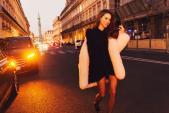 Hà Hồ, Lý Quí Khánh khoác cả cây hàng hiệu dự Tuần lễ thời trang Paris