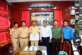 CSGT kể lúc chặn 2 ôtô, phát hiện gần 900 kg ma túy ở Sài Gòn