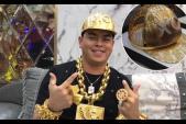 Báo nước ngoài sốc vì chiếc mũ bằng vàng do người Việt chế tác