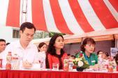 Nữ doanh nhân Trần Uyên Phương chia sẻ định hướng nghề nghiệp cho các bạn sinh viên