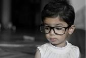 Cận thị ngày càng tăng cao ở trẻ nhỏ, cách ngăn ngừa từ những điều đơn giản nhất