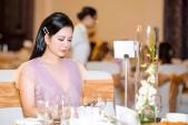 Gu thời trang gợi cảm và ngập tràn hàng hiệu của Đinh Hiền Anh - vợ thứ trưởng Bộ Tài chính