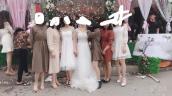 Tranh cãi văn hoá đi ăn cưới của giới trẻ Việt: Ngày càng lồng lộn, lấn át cả cô dâu?