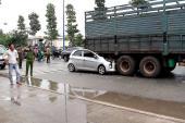 Trèo lên cây để livestream cảnh tai nạn giao thông chết người