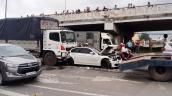 BMW hỏng nặng sau tai nạn liên hoàn tại ngã tư An Sương