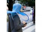 """Sặc cười mũ đi mưa trông giống hệt """"áo mưa"""""""