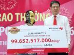 Tiện đường mua tờ vé số, thợ làm tóc xứ Dừa Bến Tre trúng Vietlott gần 100 tỷ đồng