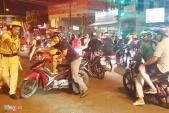 CSGT Sài Gòn không đeo camera, người vi phạm từ chối ký biên bản